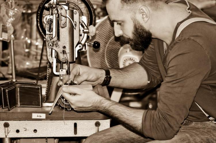 barnes-moore-english-leather-handmade-12